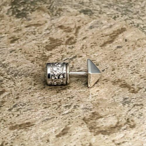 他の写真2: ソカロ タイニー・ピラミッド・スタッズ・ピアス 片売り ZZES-0023 ZOCALO ピアス