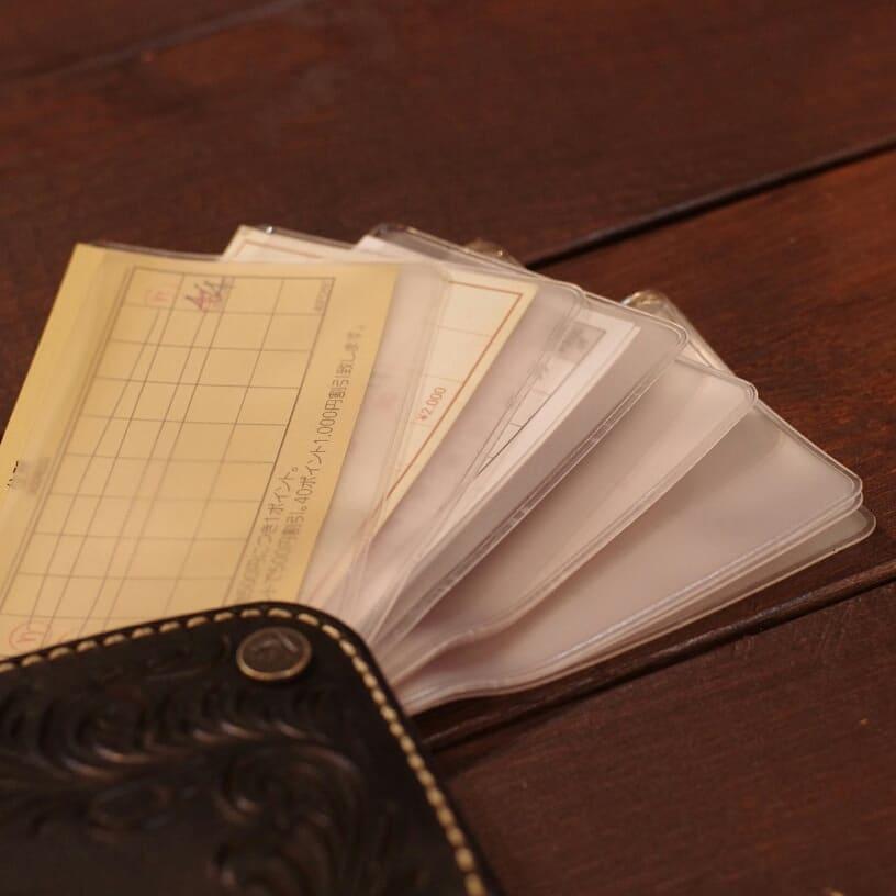 クリアファイルタイプのレザーカードケース
